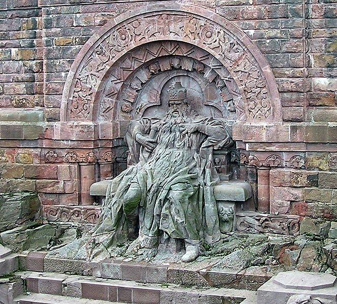 Federico I Barbarroja monumento en Kyffhauser
